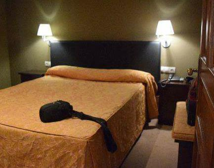 gran-hotel-rural-cela-habitacion1